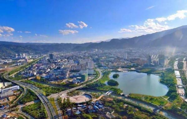 中国著名旅游景点:海报|双节同庆 这些旅游景区向您发出邀约③
