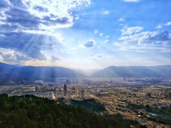 台湾宾果群二维码:旅游景点的英文:平板电脑哪款好用?8款超人气平板电脑强烈推荐