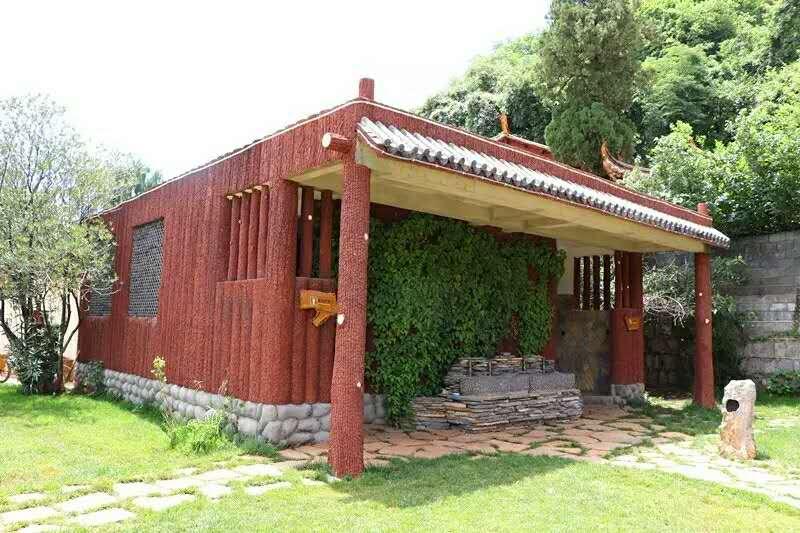 泸西县阿庐古洞风景区旅游厕所
