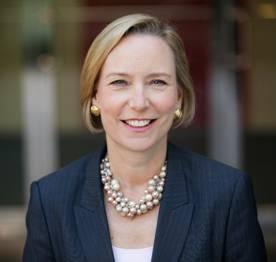 专访强生集团全球主席彼得森女士:强生如何成为最适合女性工作的公司