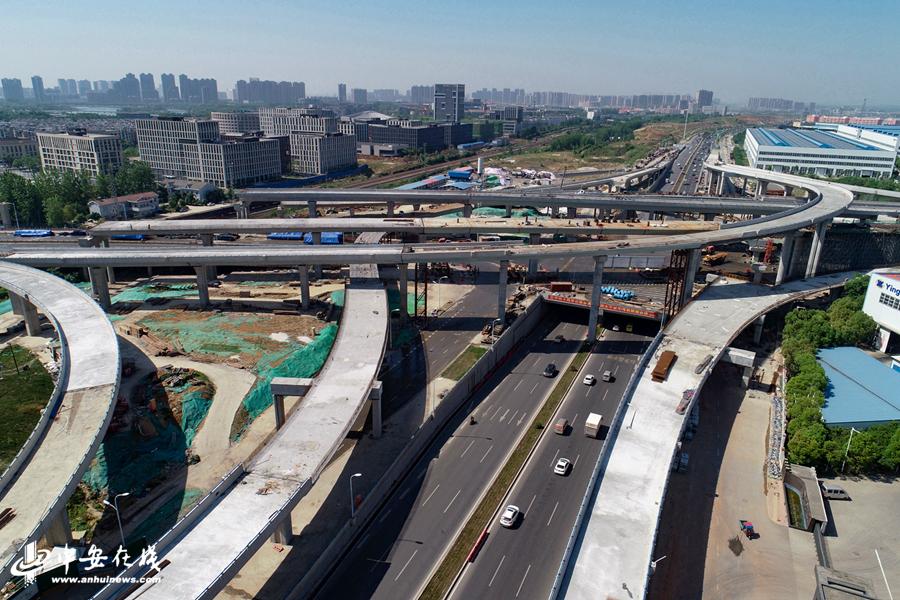 巨型中国结!空中俯瞰合肥繁华大道集贤路互通立交工程图片