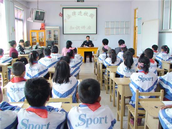 江西省万年县:法治建设四个一工程